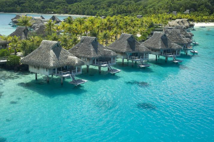 Остров Бора-Бора, Француская Полинезия, отель Hilton Bora Bora Nui
