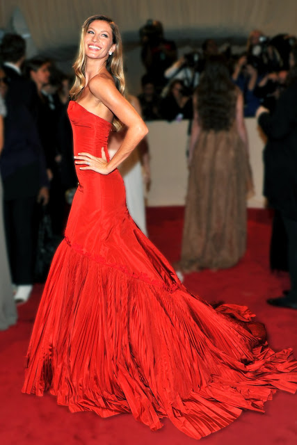Gisele Bundchen red dress