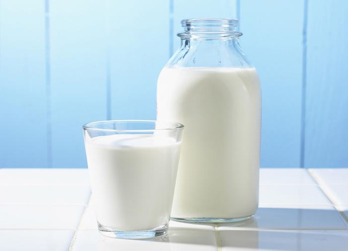 бутылка молока milk bottle
