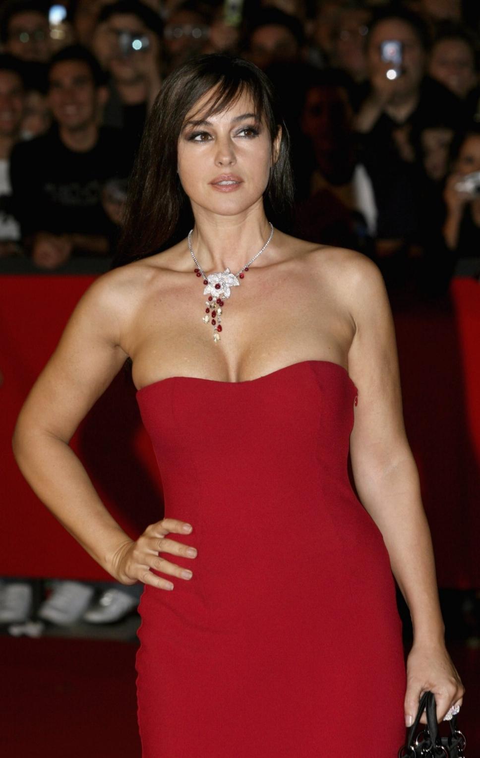 Знаменитости в красных платьях. Фото подборка | Женский ... жизель бюндхен