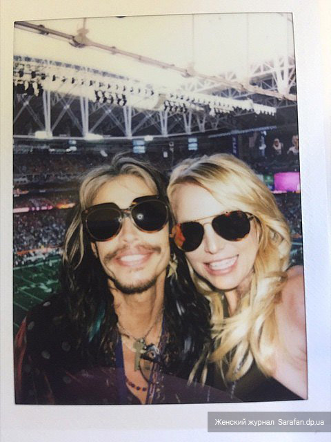 Britney Spears and Steven Tyler 2015